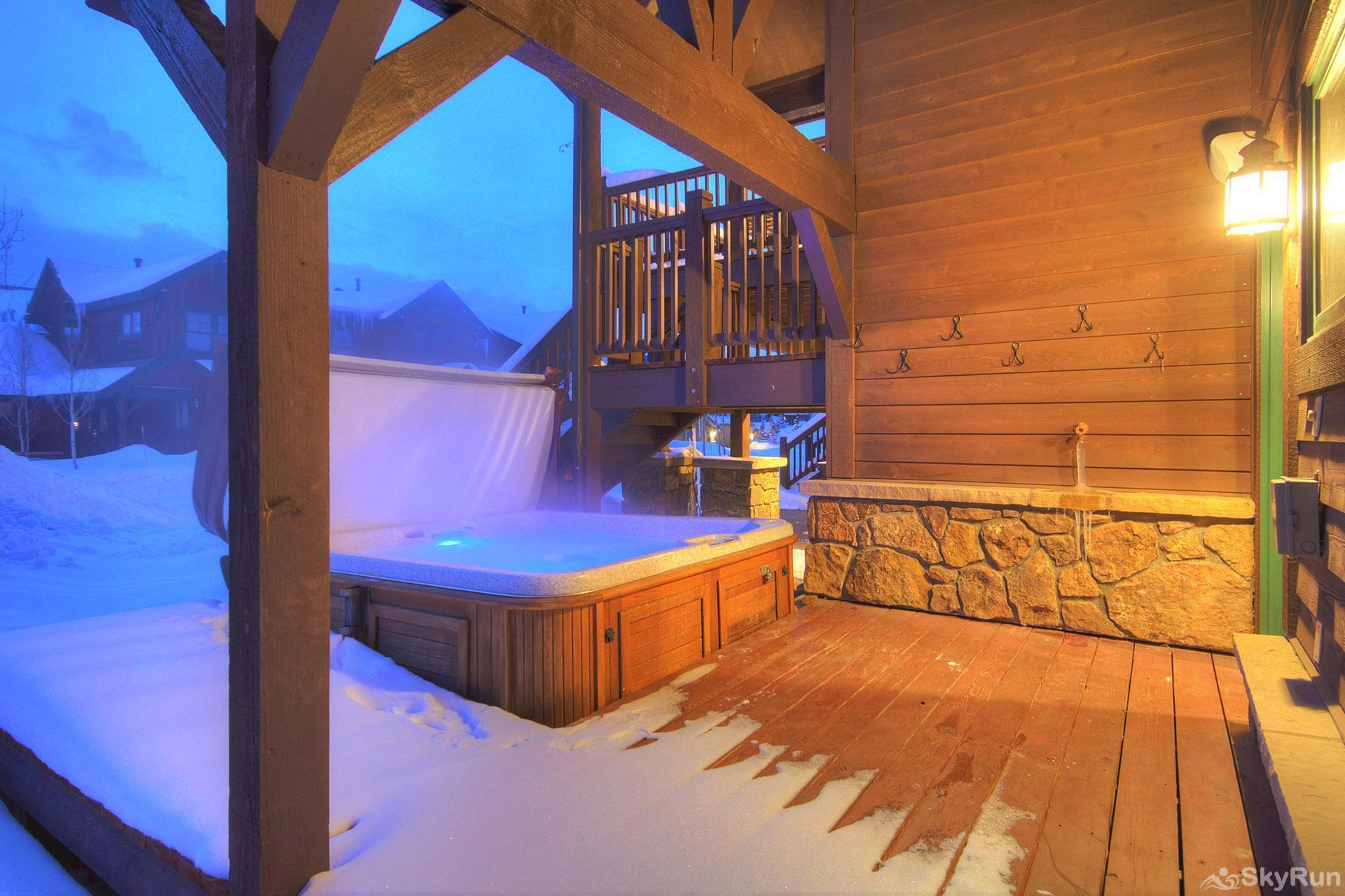 Highland Greens Linden Relax and unwind in your private hot tub