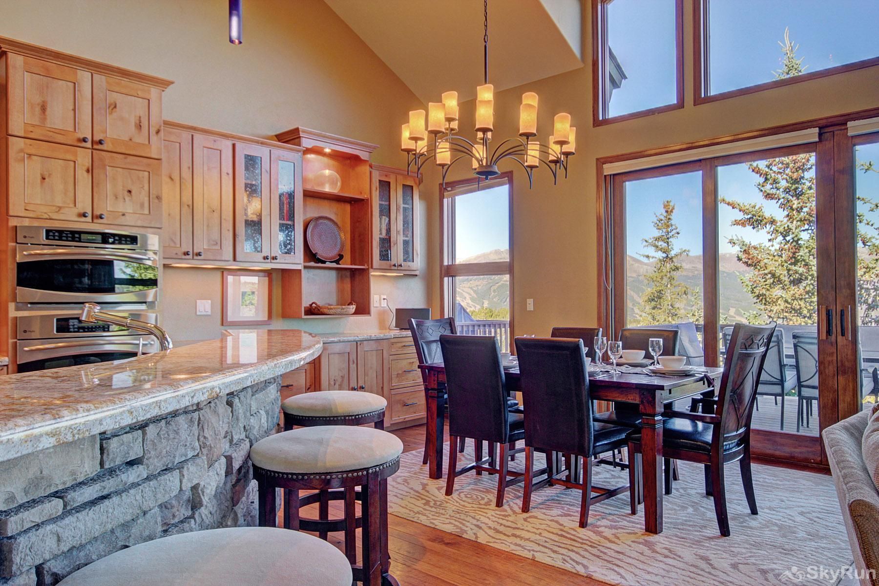 Big View Lodge Dining Area