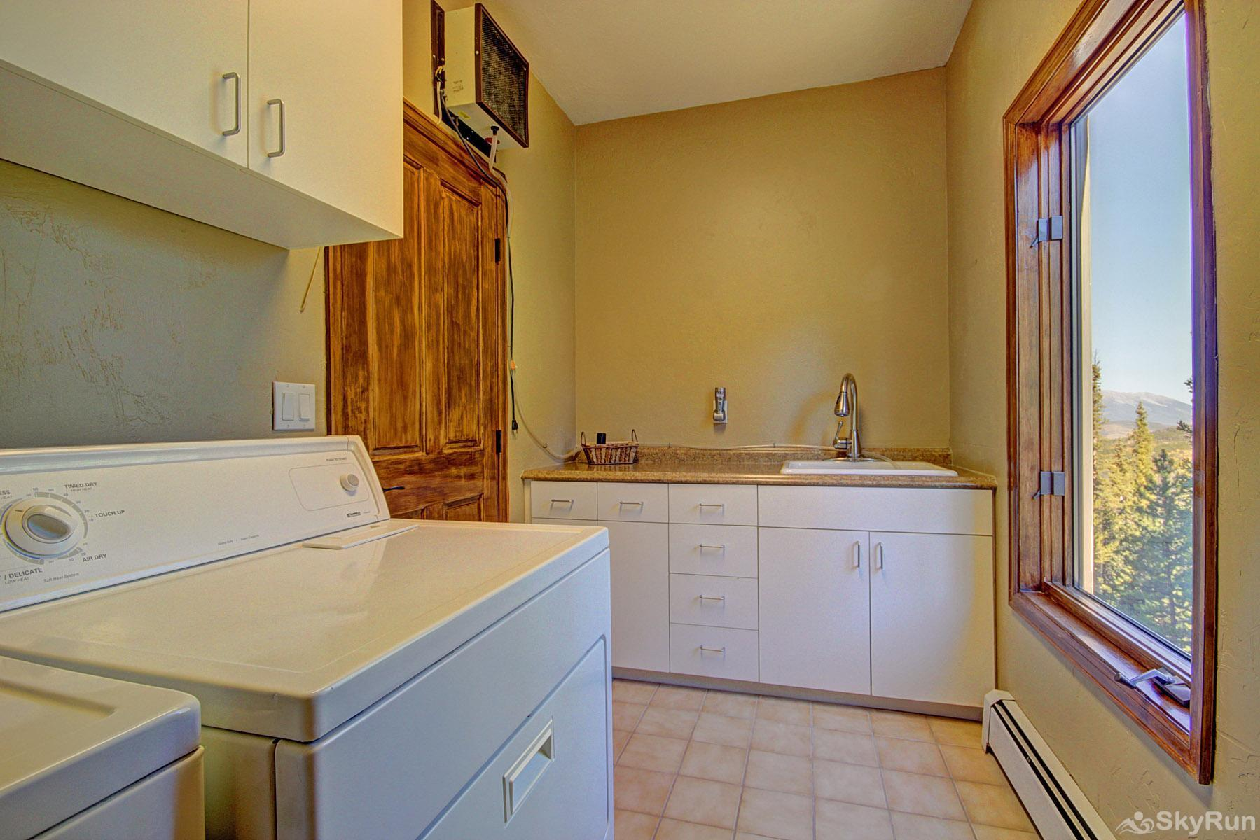 Big View Lodge Laundry room