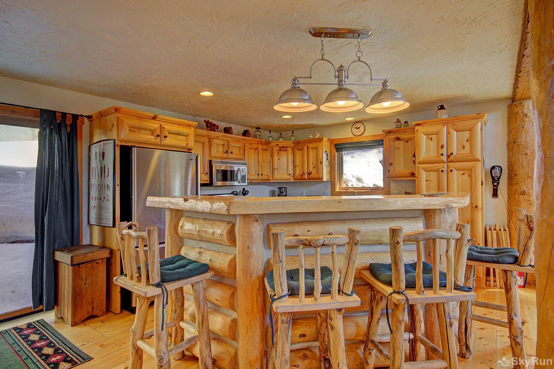 Barton Cabin Kitchen with Breakfast Bar