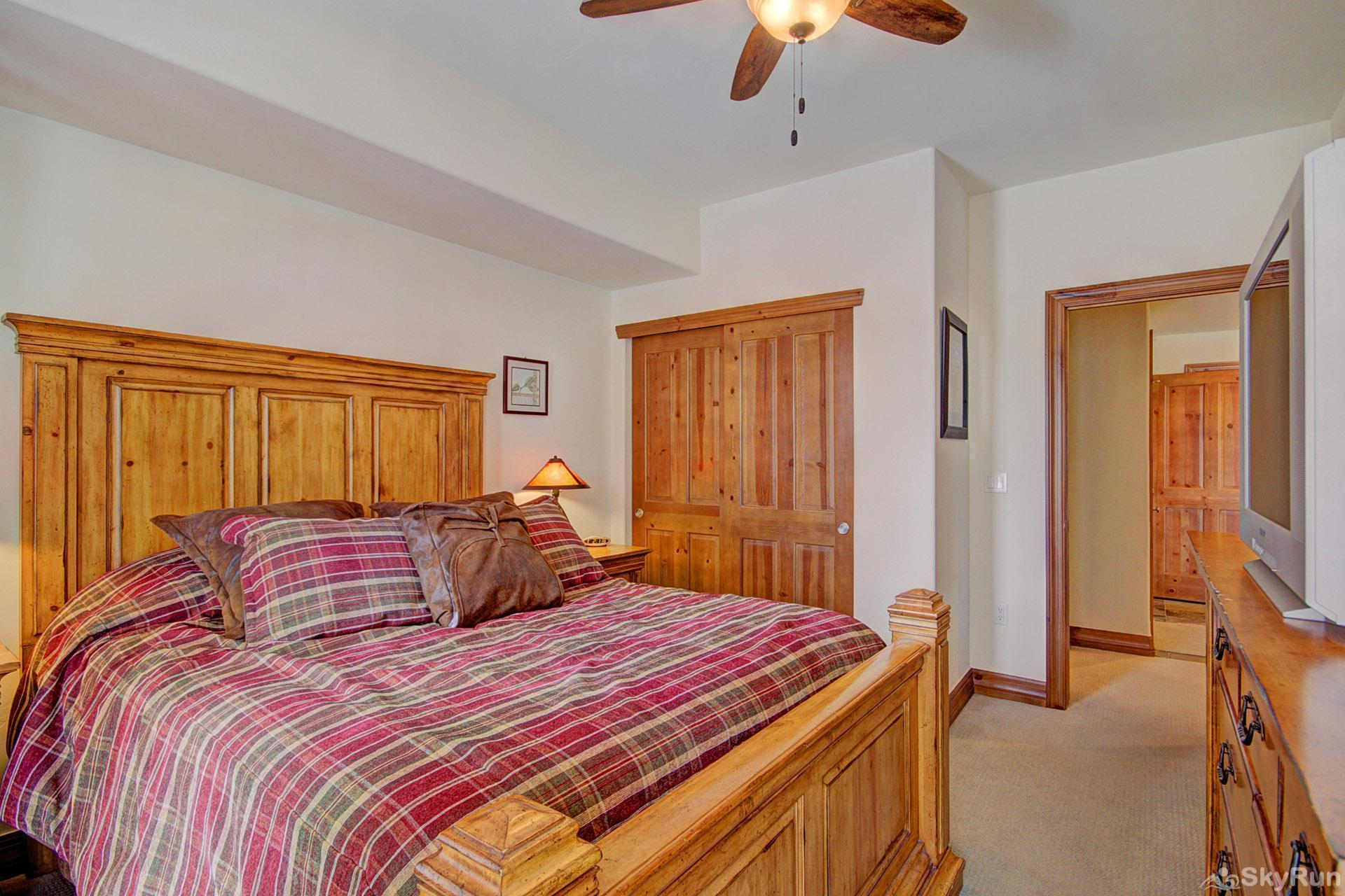 Highland Greens Lodge 210 Master Bedroom