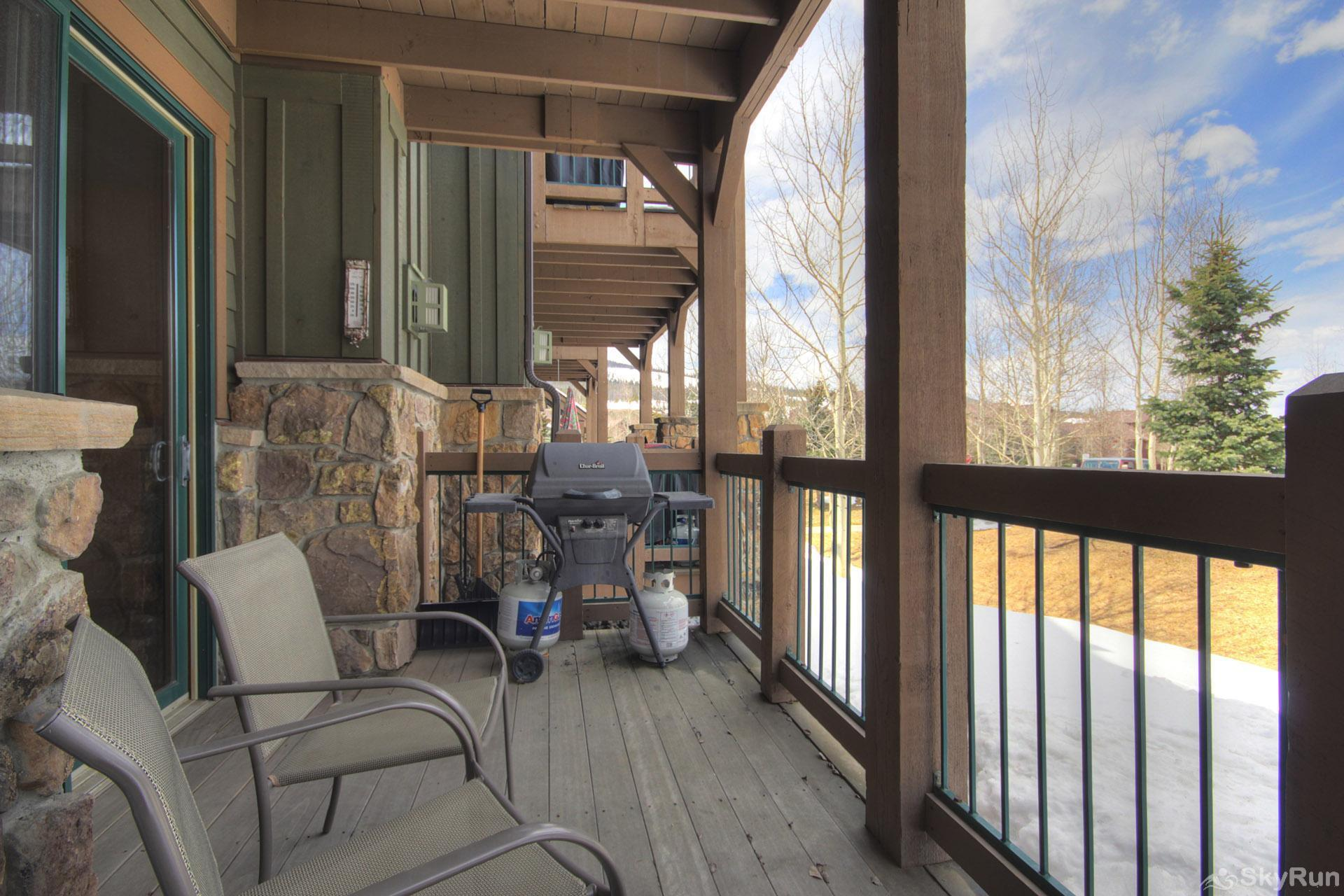Highland Greens Lodge 210 Deck with BBQ Grill