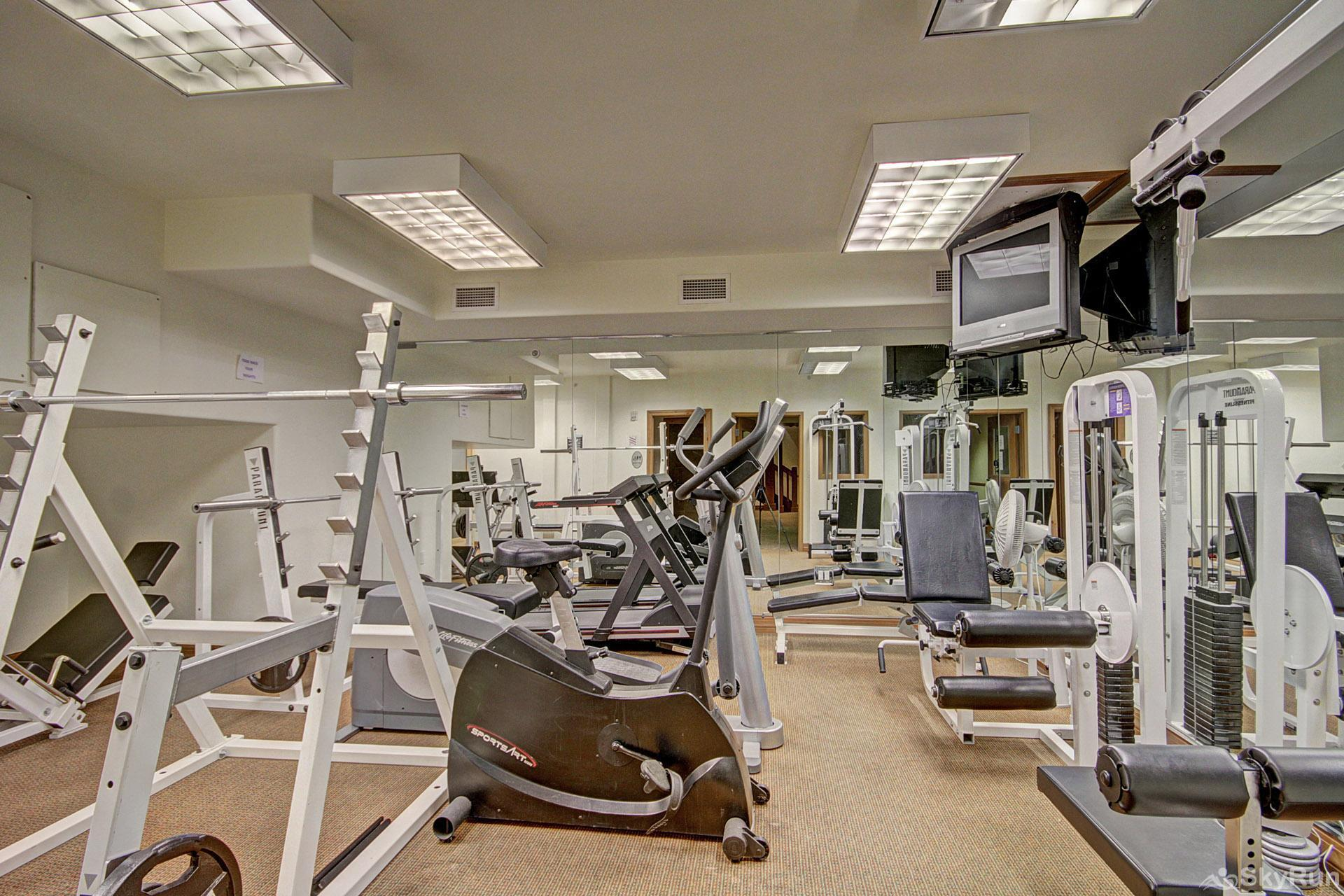 Highland Greens Lodge 210 Workout Facility