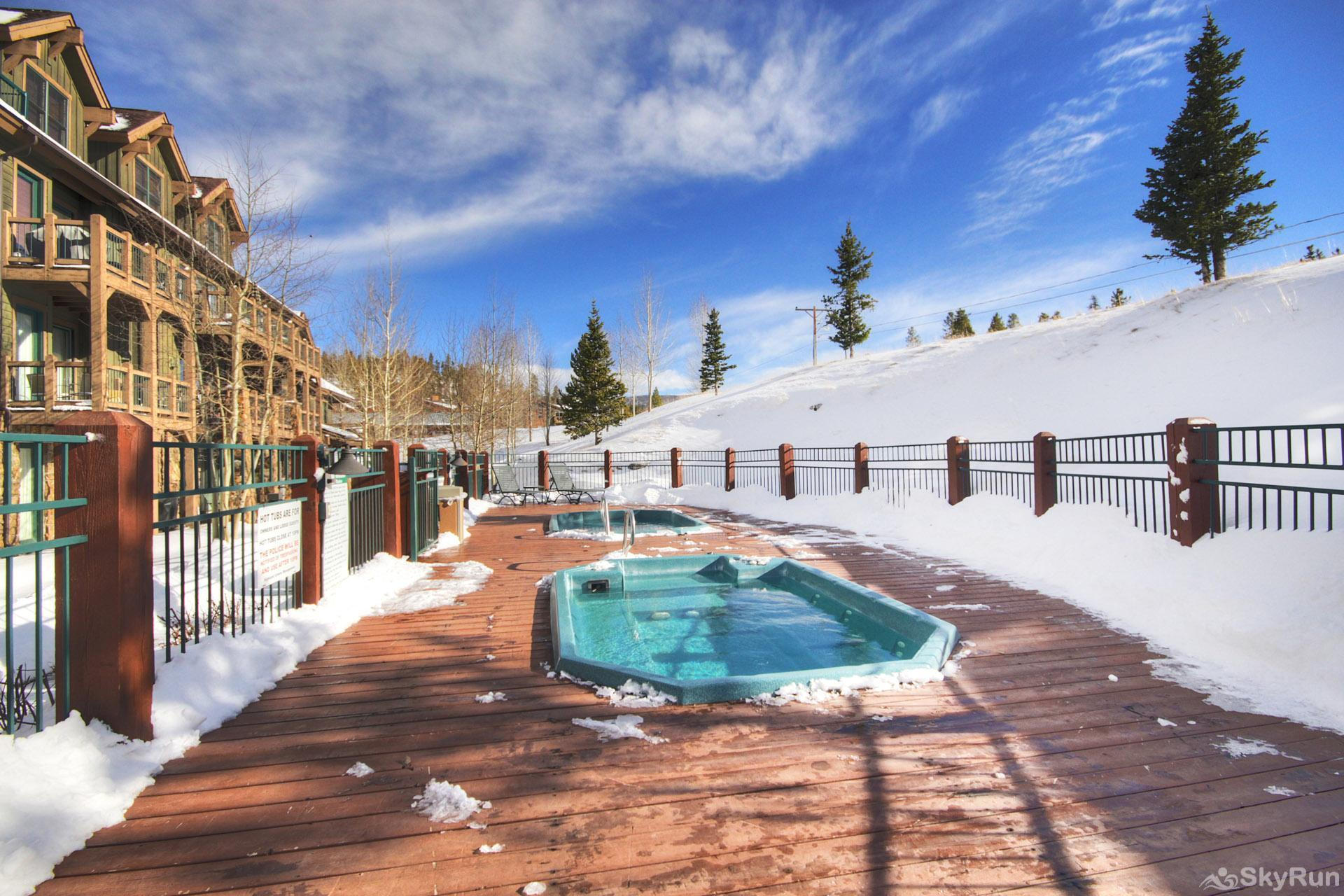 Highland Greens Lodge 210 Outdoor Shared Hot Tub