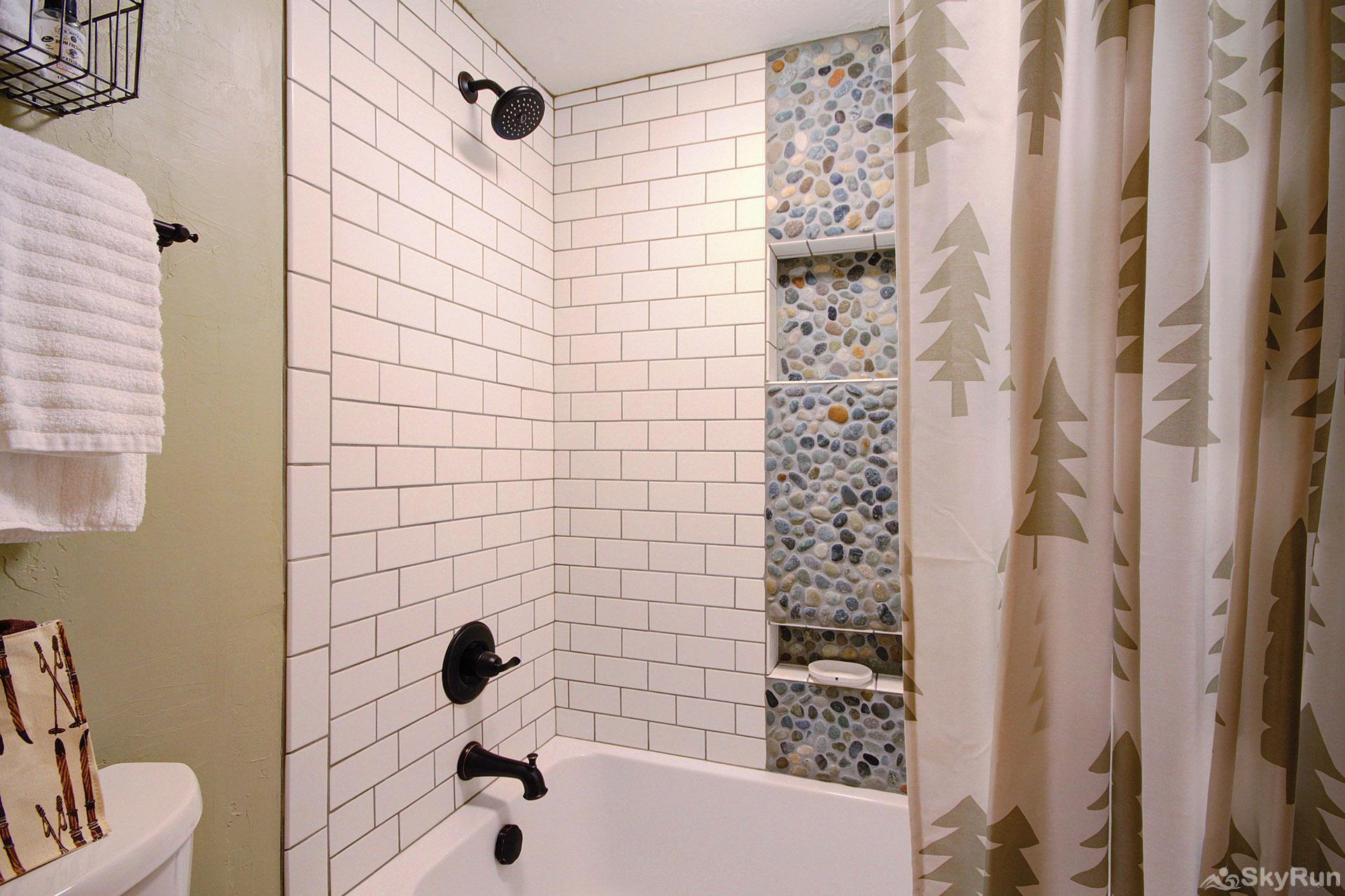 Peak 8 Village D24 Tub/Shower with new tile