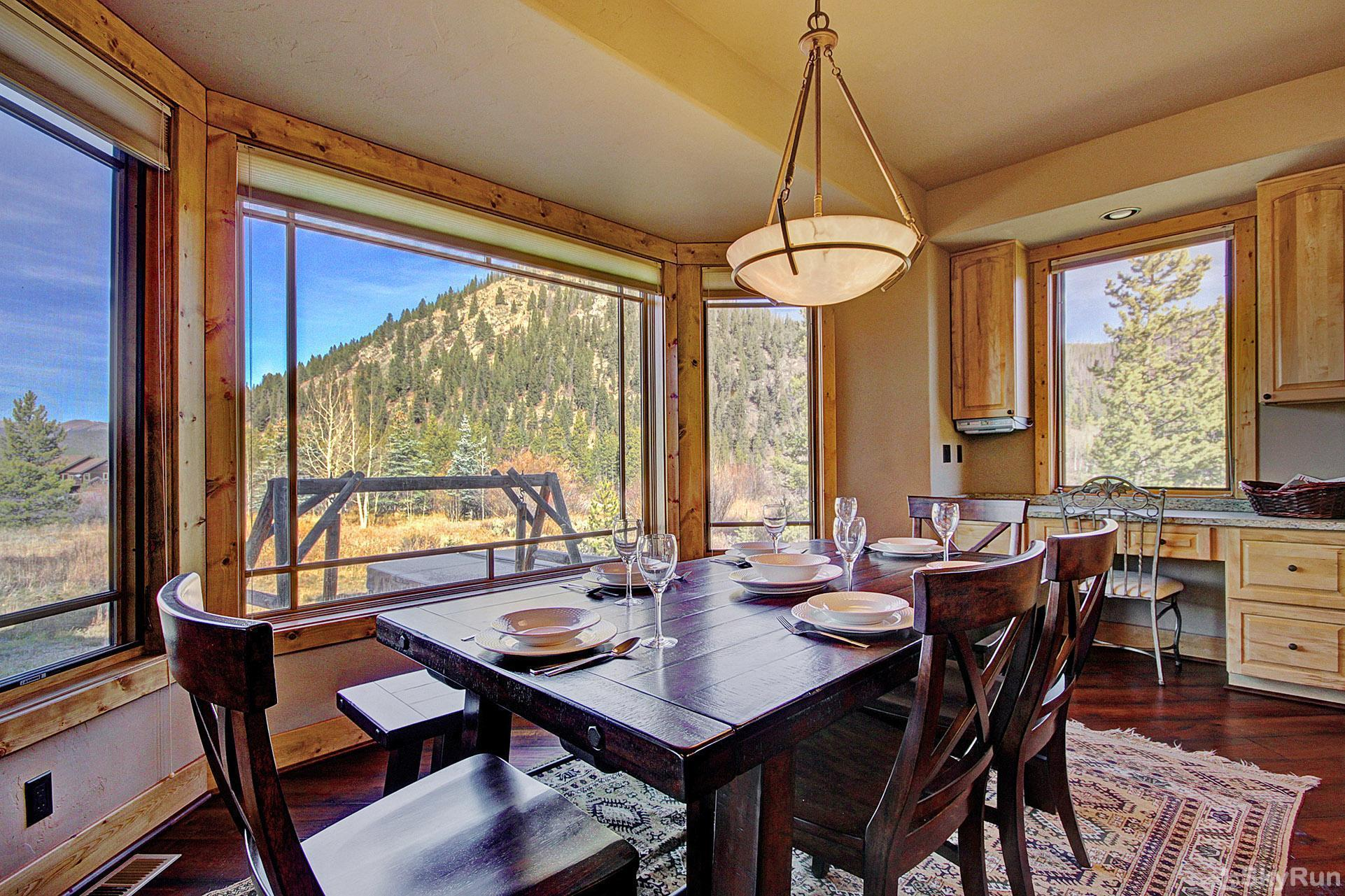 Buffalo Lodge Dining room with beautiful views