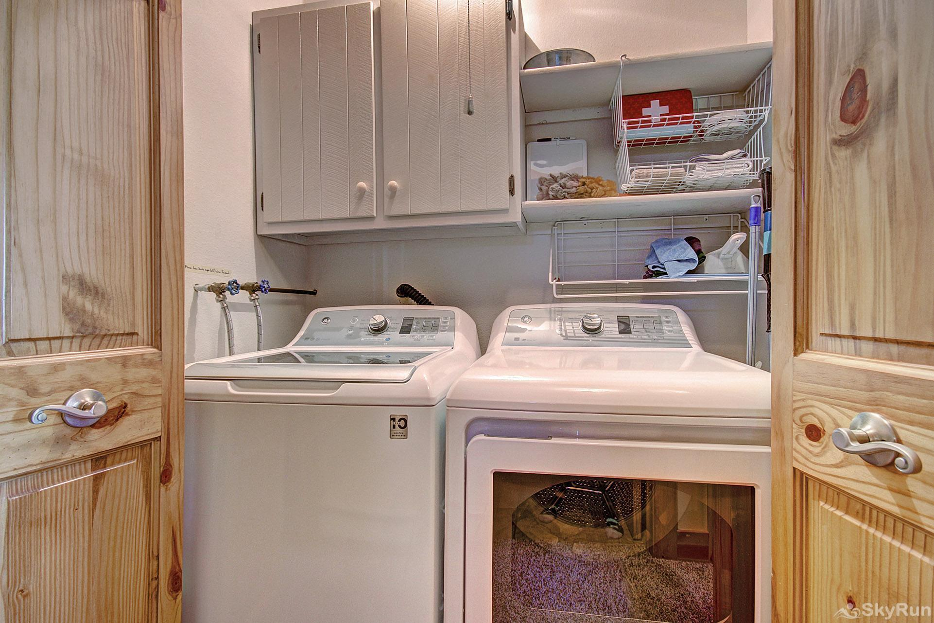 Wildernest Point Full size washer and dryer