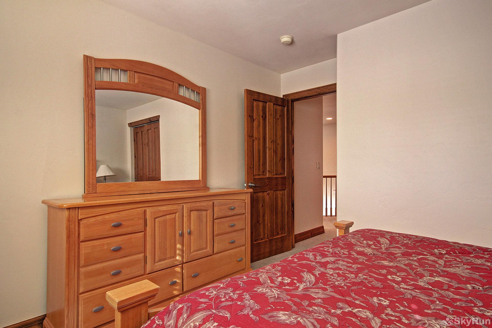 Highland Greens Pine Alternate view of third queen bedroom