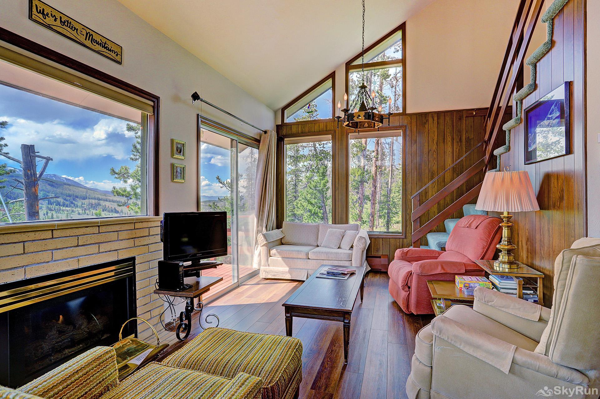 Elk View Cottage Take in stunning scenic views from the comforts of your living room