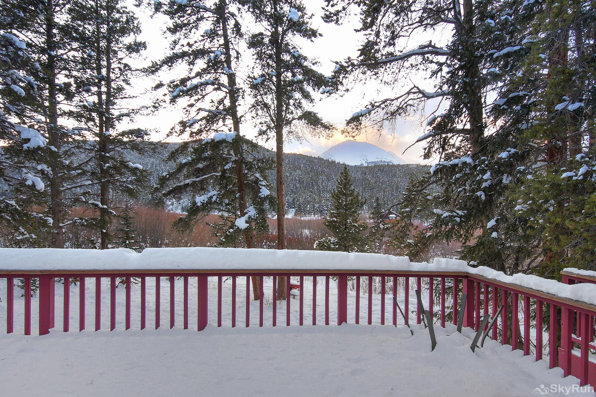 Whispering Pines Private deck with stunning mountain views