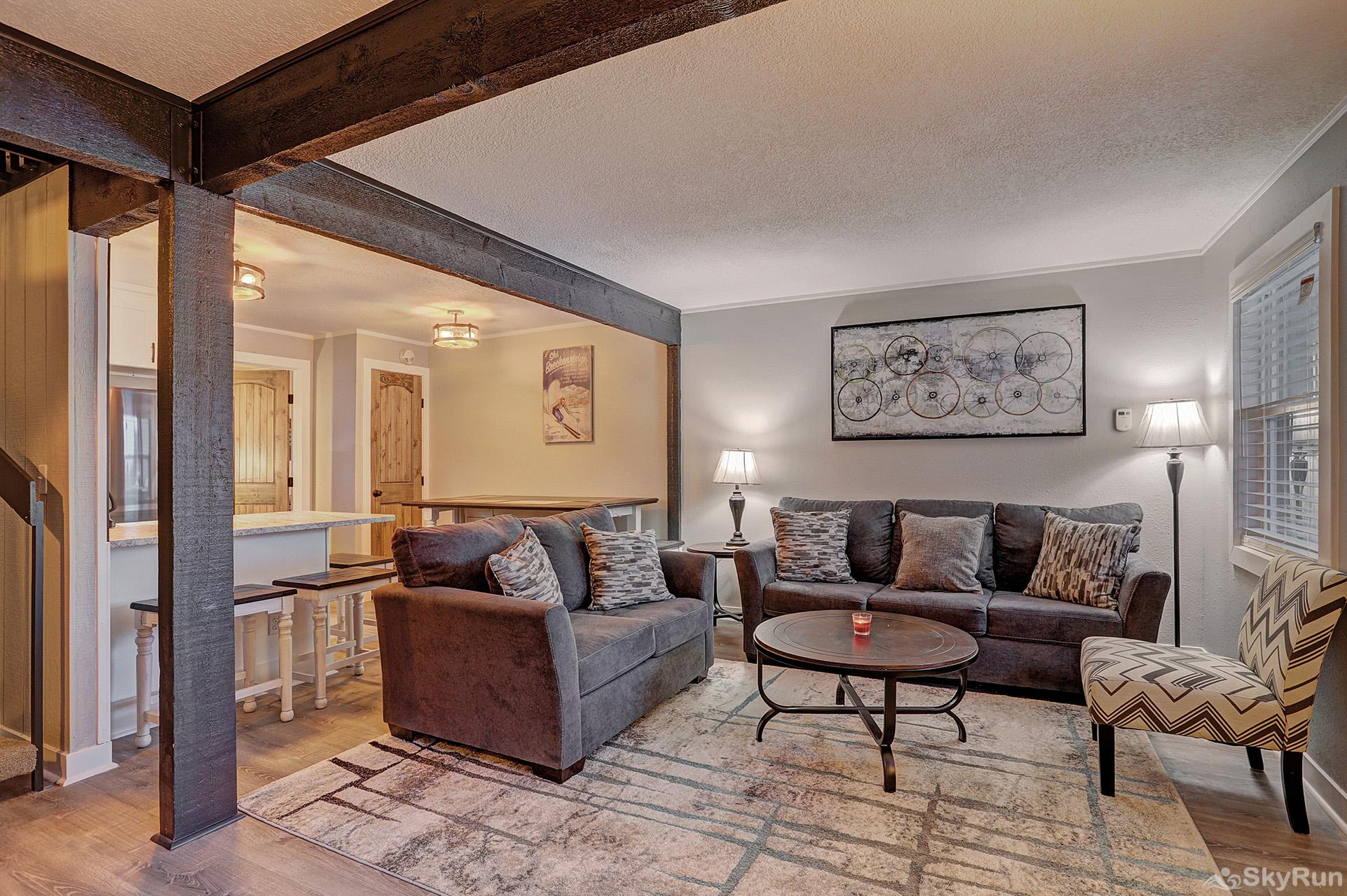 Knotty Pine Lodge Beautifully remodeled Colorado condo