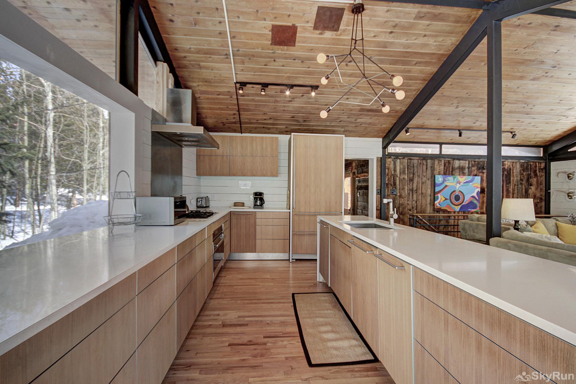 Elk Horn Cabin Beautifully remodeled kitchen with modern appliances