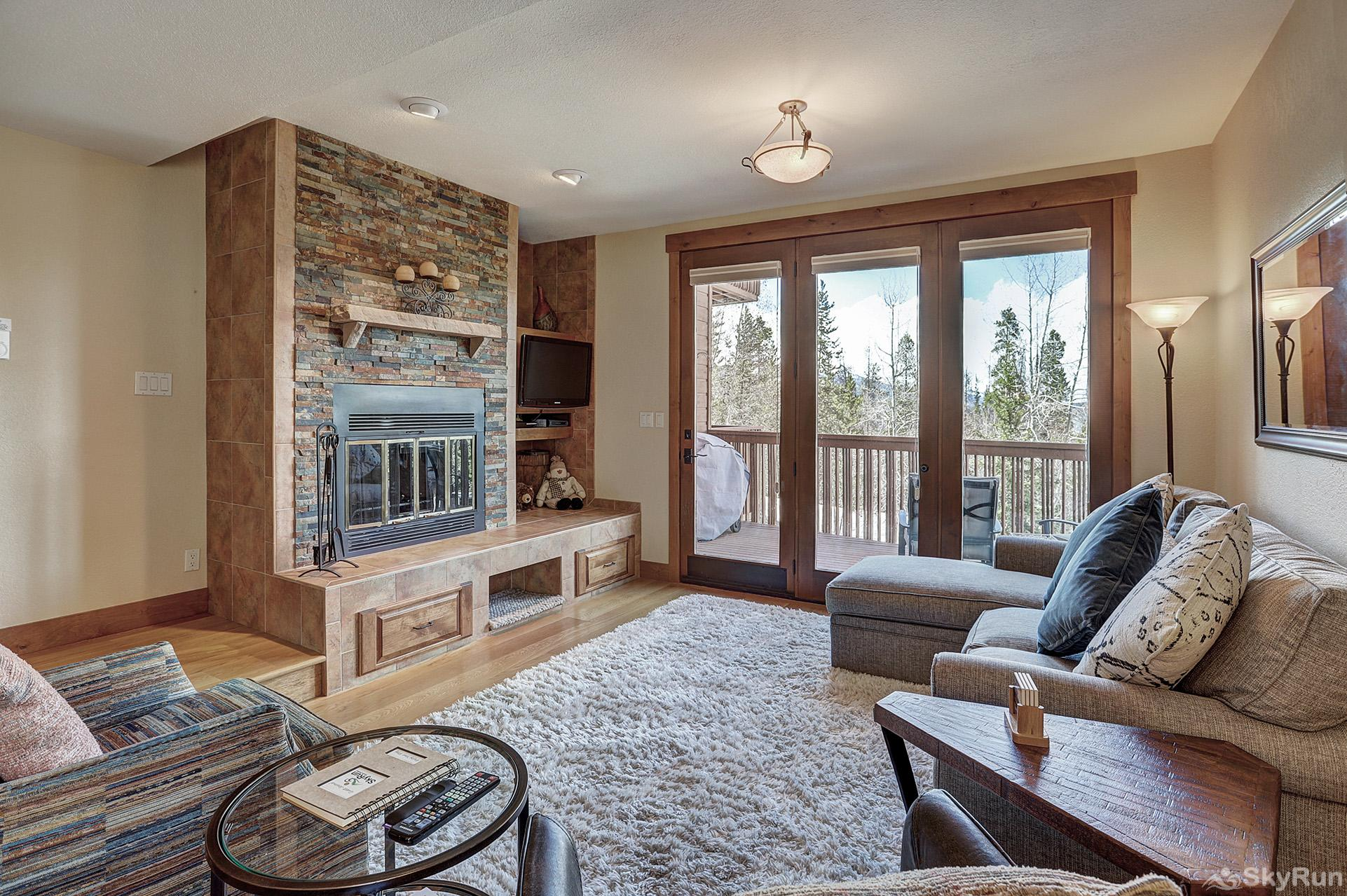 Happy Trails Cozy living room with wood burning fireplace, flat screen TV and a view!