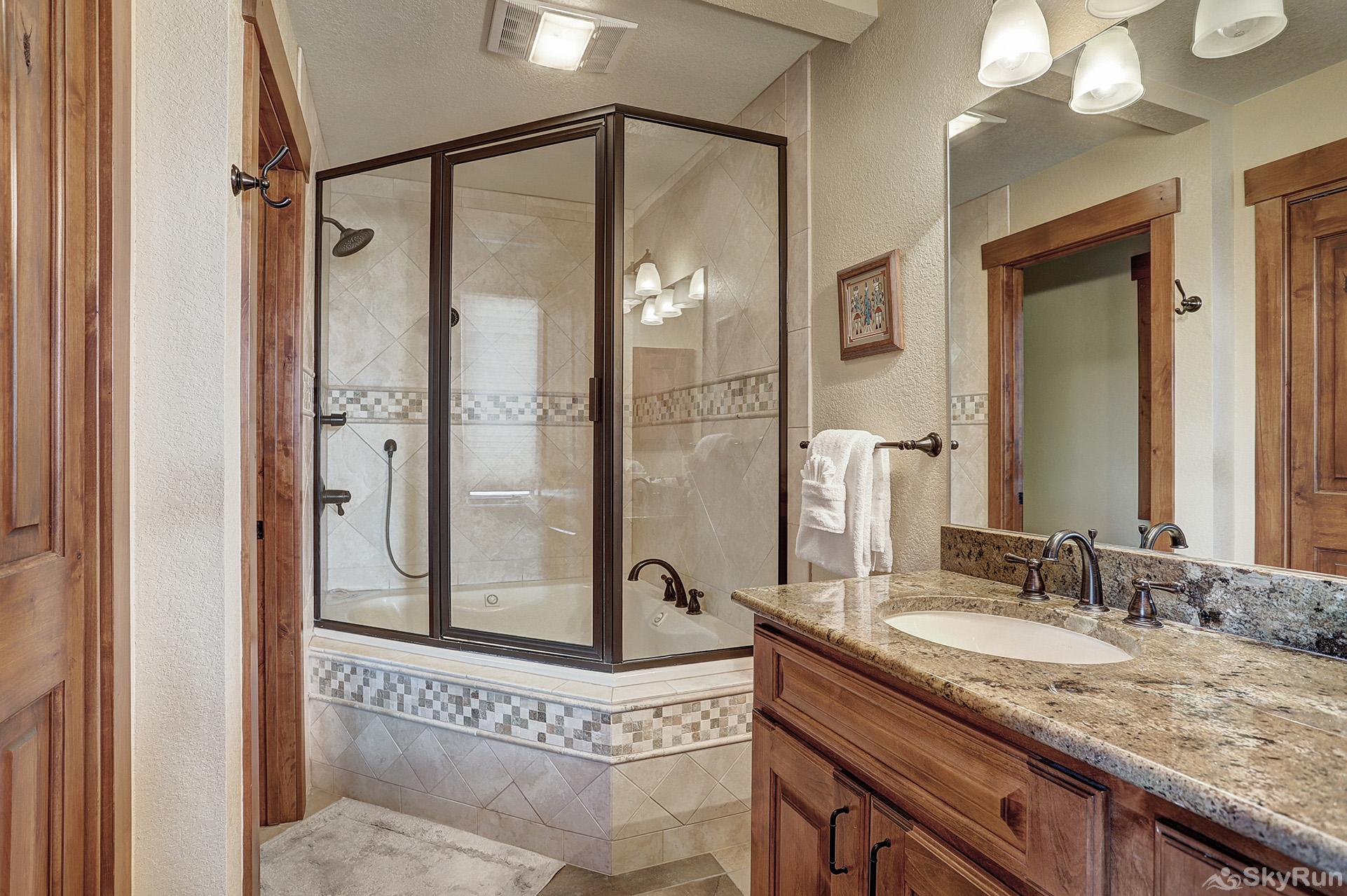 Happy Trails King master bedroom ensuite bath