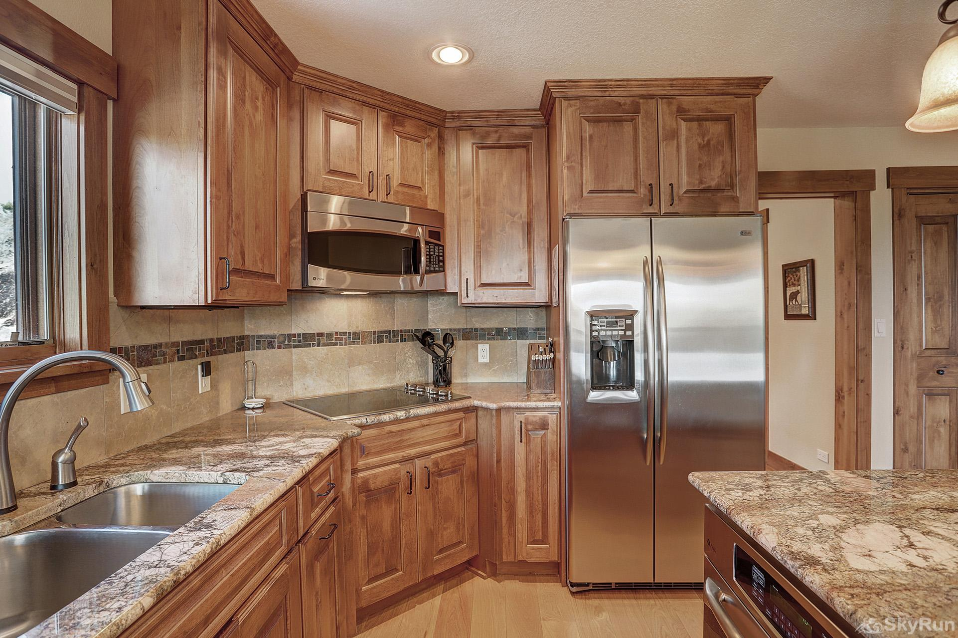Happy Trails Prepare tasty home cooked meals with the convenience of a fully equipped kitchen
