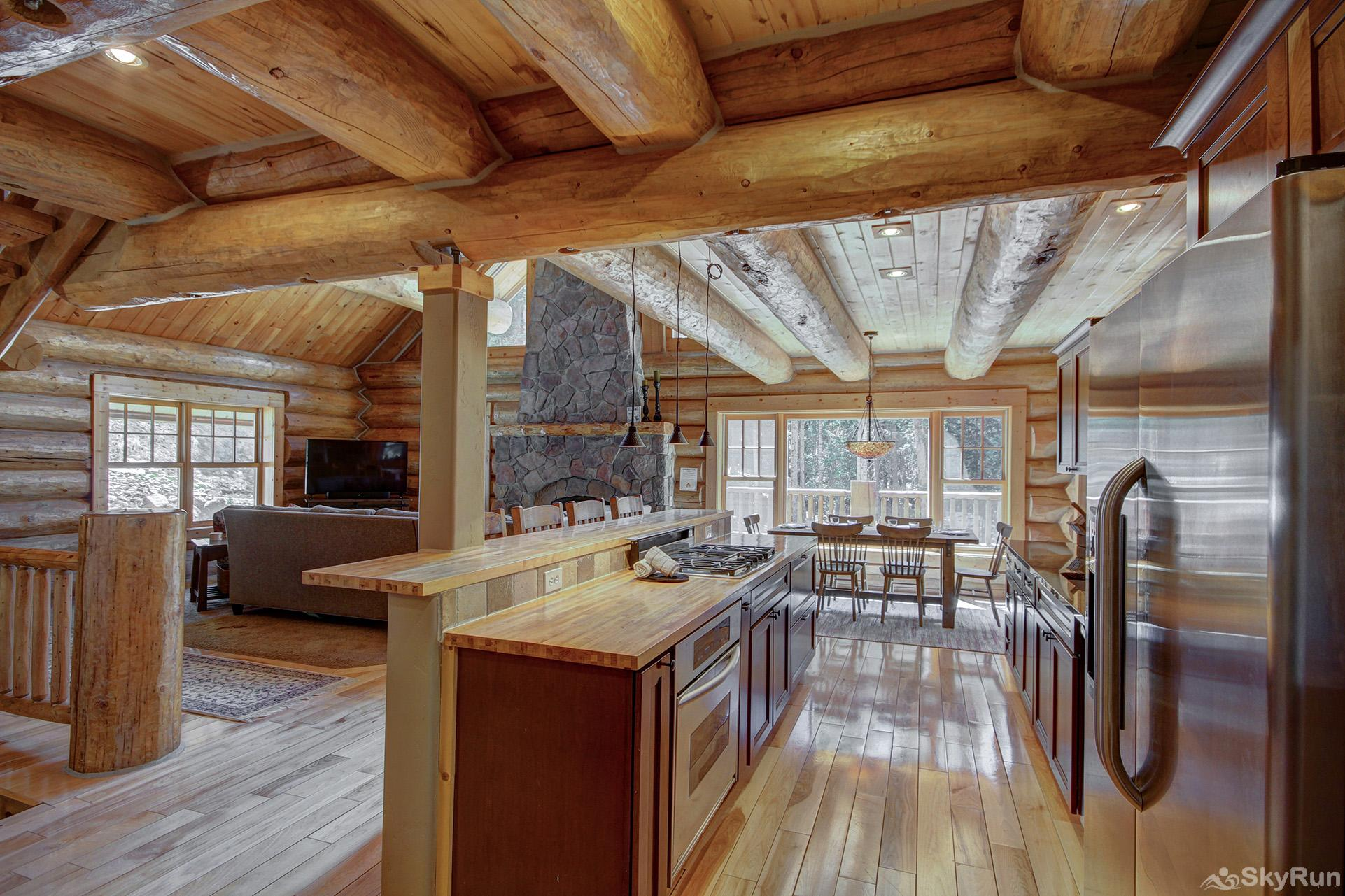Timber Ridge Lodge Large kitchen with modern stainless steel appliances