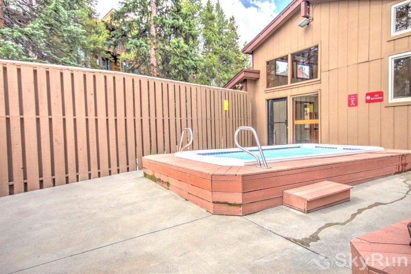Powderhorn C302 Outdoor Hot Tub