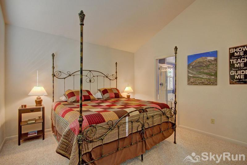 Aspen House Bedroom #1