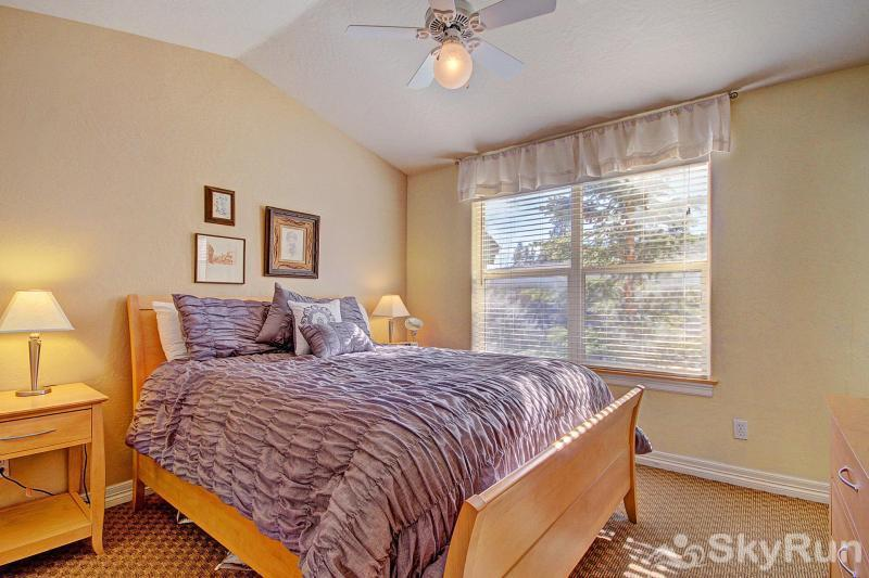 Kingdom Park Retreat Bedroom #1 - Queen bedroom