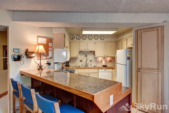 Powderhorn 503 Light and bright kitchen