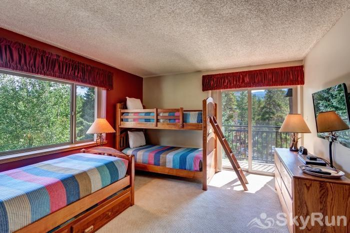 Powderhorn 503 Bunk room, 4 beds, sleeps 4