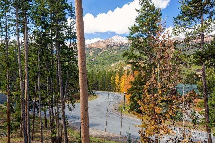 Ten Mile Lodge Easy access to Breckenridge Ski Resort