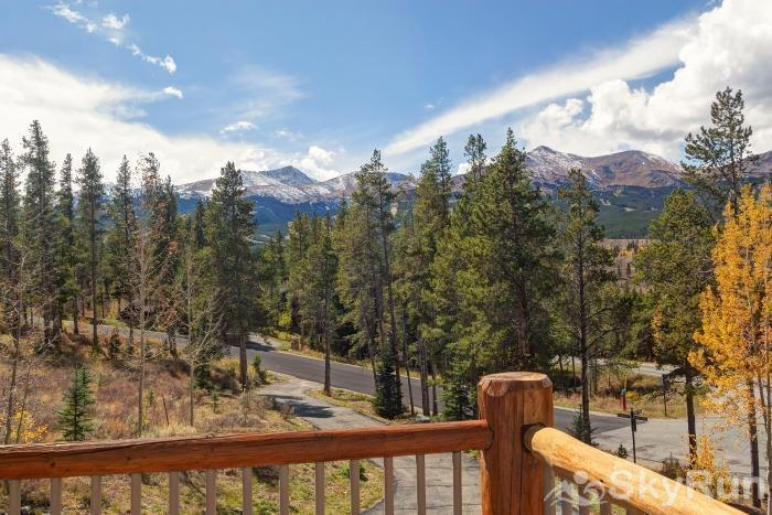 Ten Mile Lodge Stunning alpine views