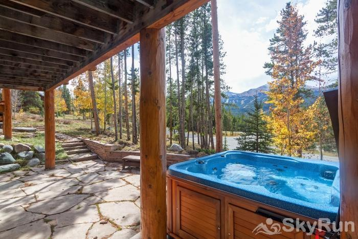 Ten Mile Lodge Relax in the private hot tub after a day on the slopes!