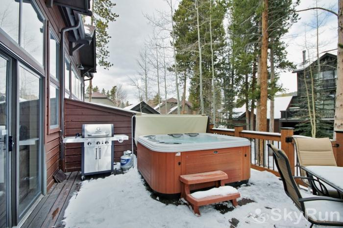 Village Point 109 Private outdoor hot tube & propane gas bbq