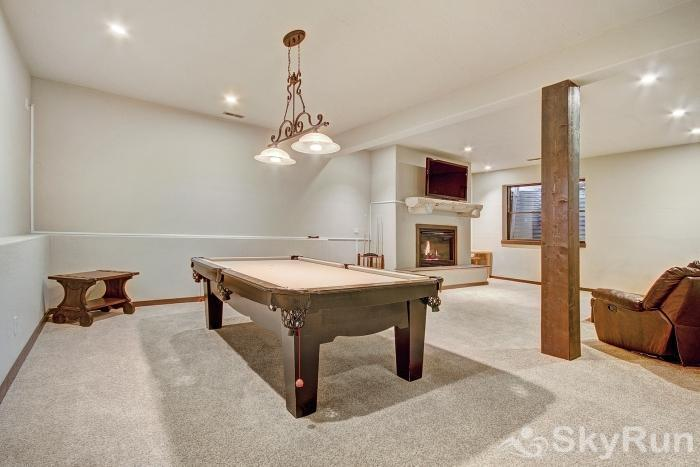 Red Mountain Lodge Lower level rec room with pool table