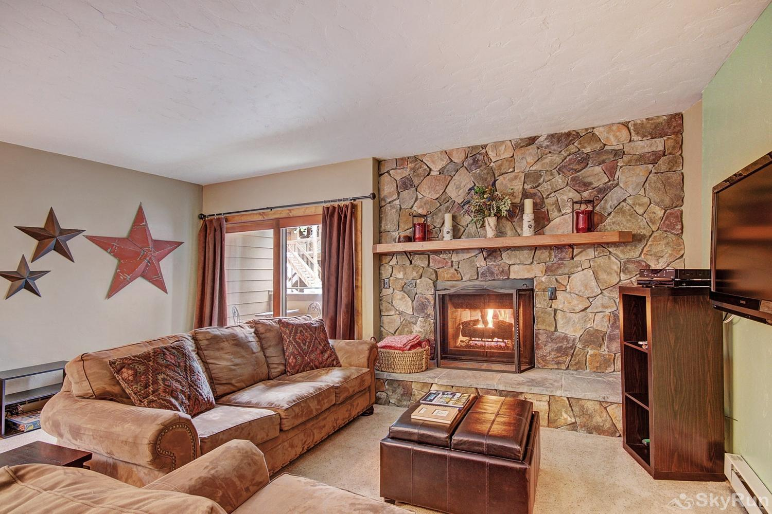 Sundowner II 201 Spacious living room with gas fireplace
