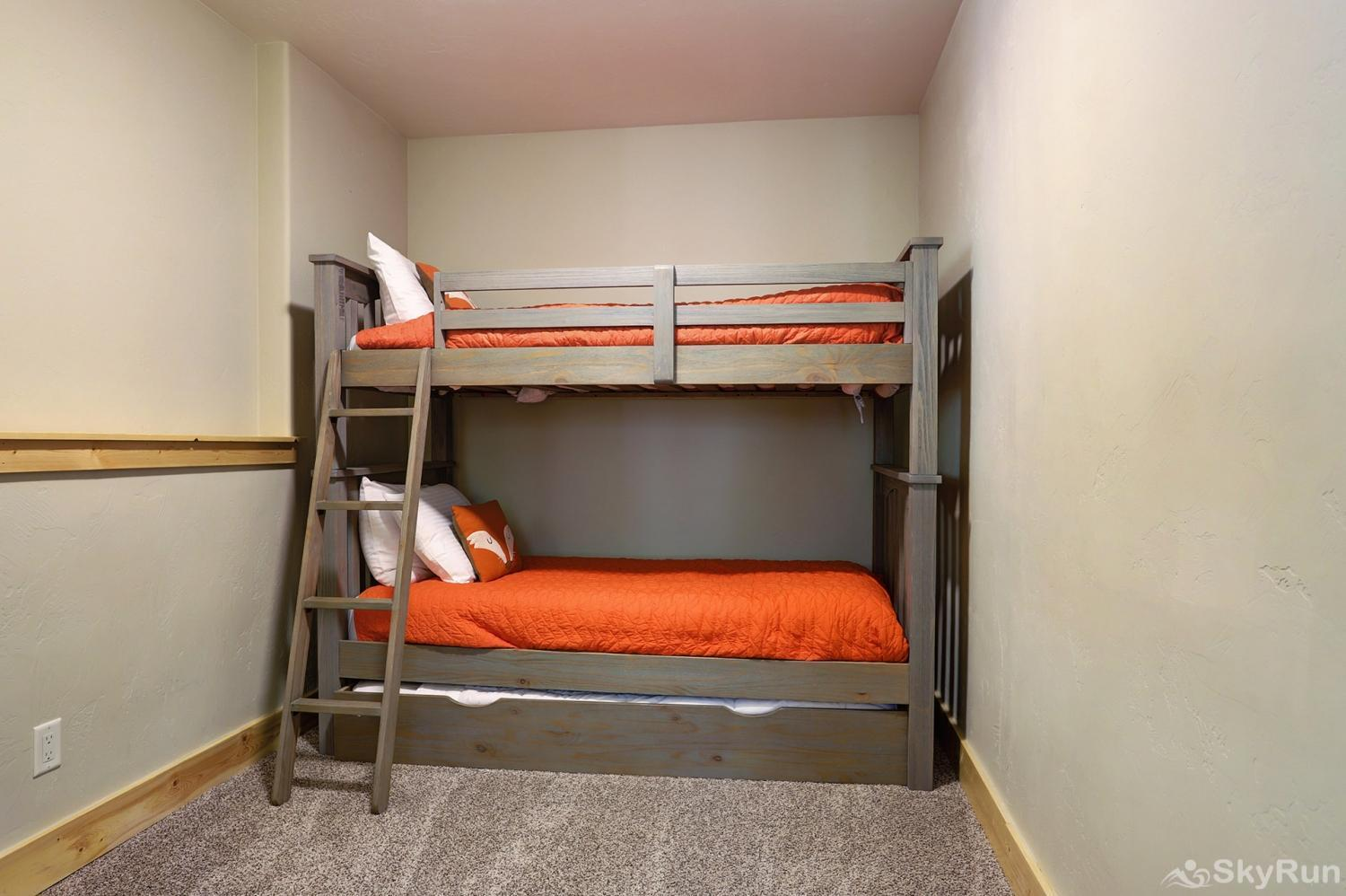 Twin Creek Lodge Twin over twin bunk bed with additional twin trundle bed