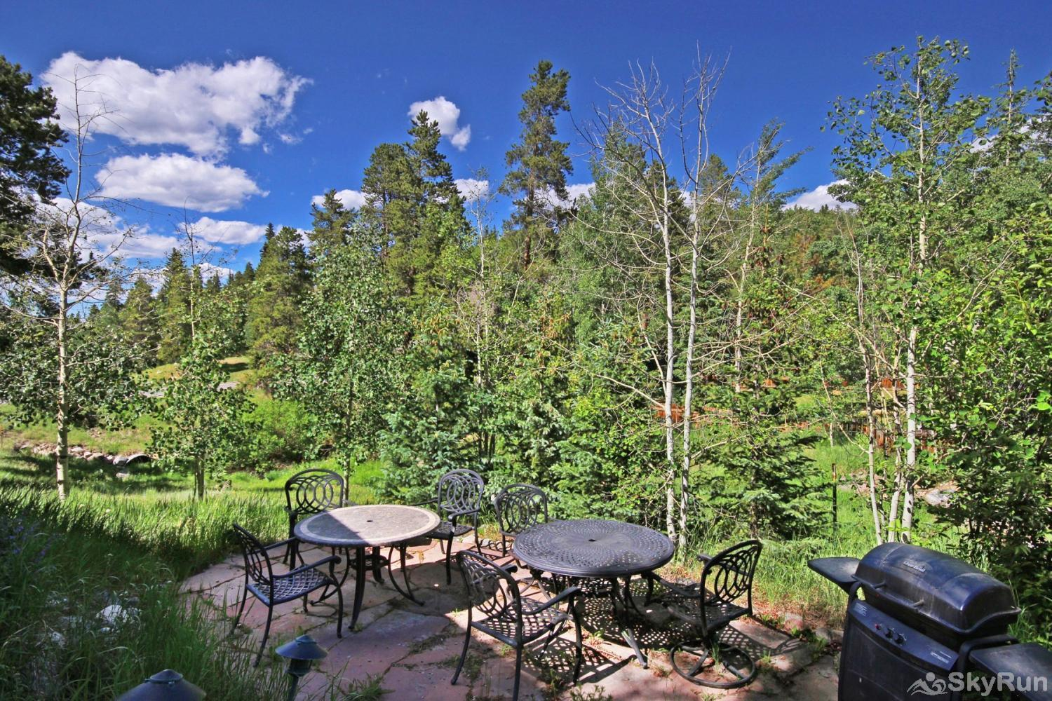 Bear Pine Chalet Private patio with seating to relax and socialize