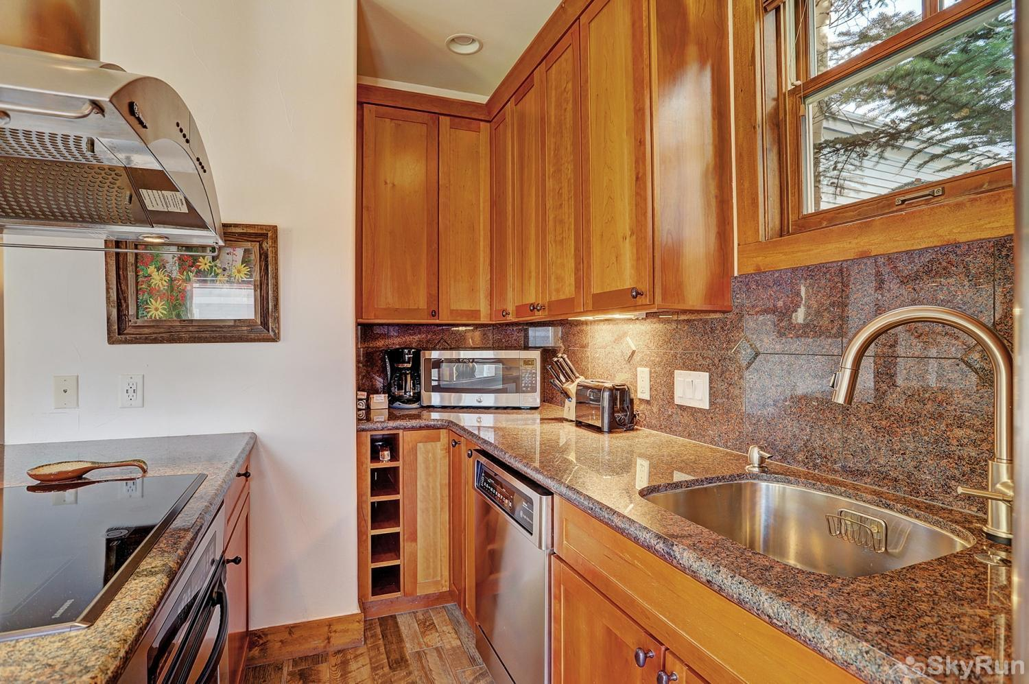 Mountain Ridge Chalet Enjoy home cooked meals with the convenience of a fully equipped kitchen
