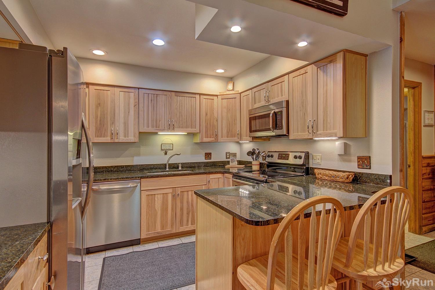 Ski Hill 22 Enjoy home cooked meals with the convenience of a fully equipped kitchen