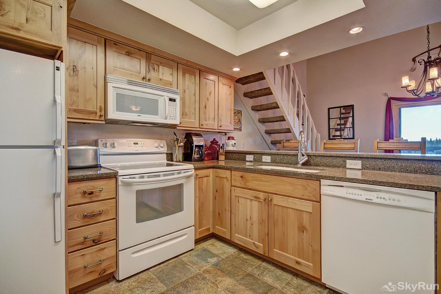 Longbranch 318 Enjoy home cooked meals with the convenience of a fully equipped kitchen