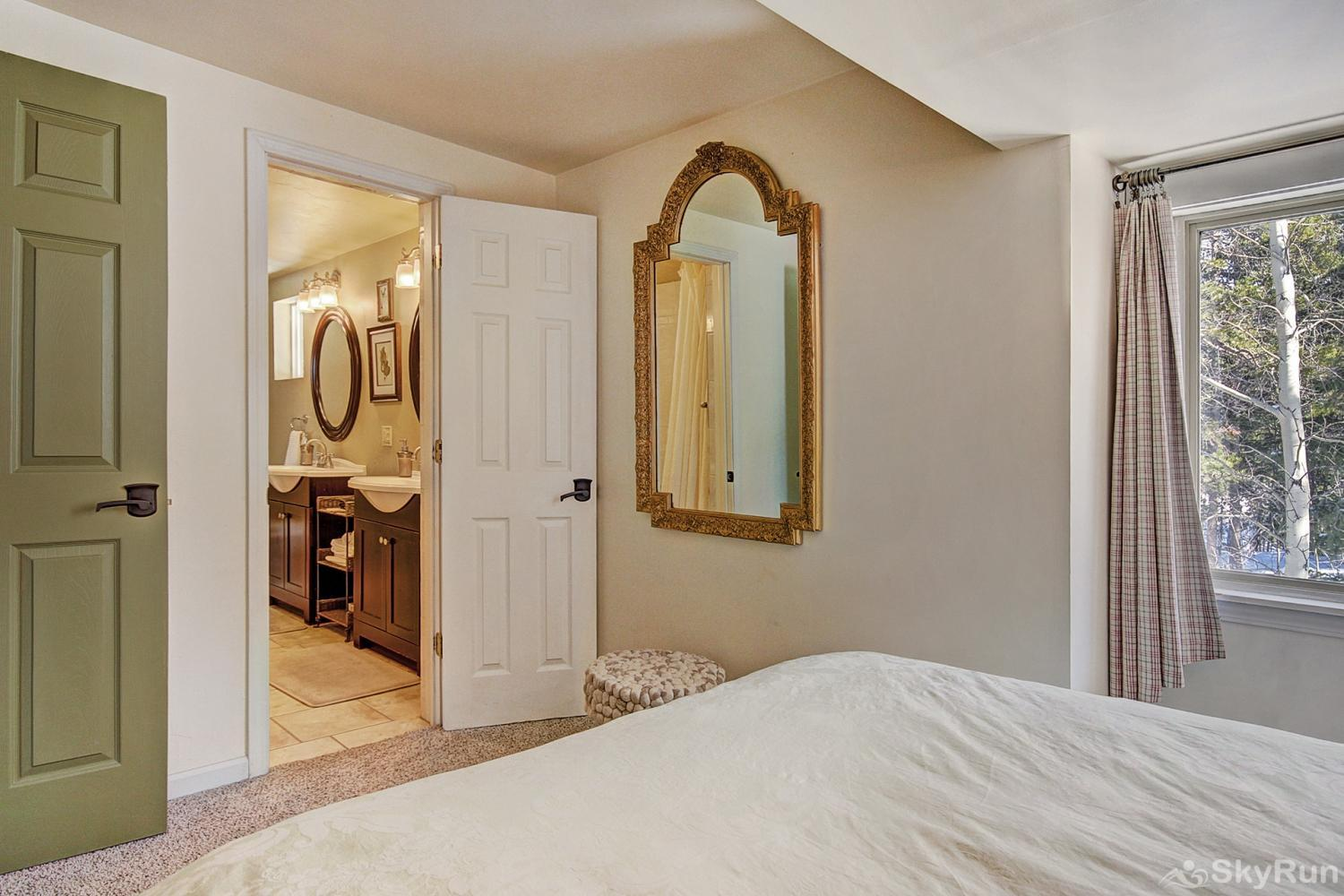 High Point Chateau Upper level queen bedroom