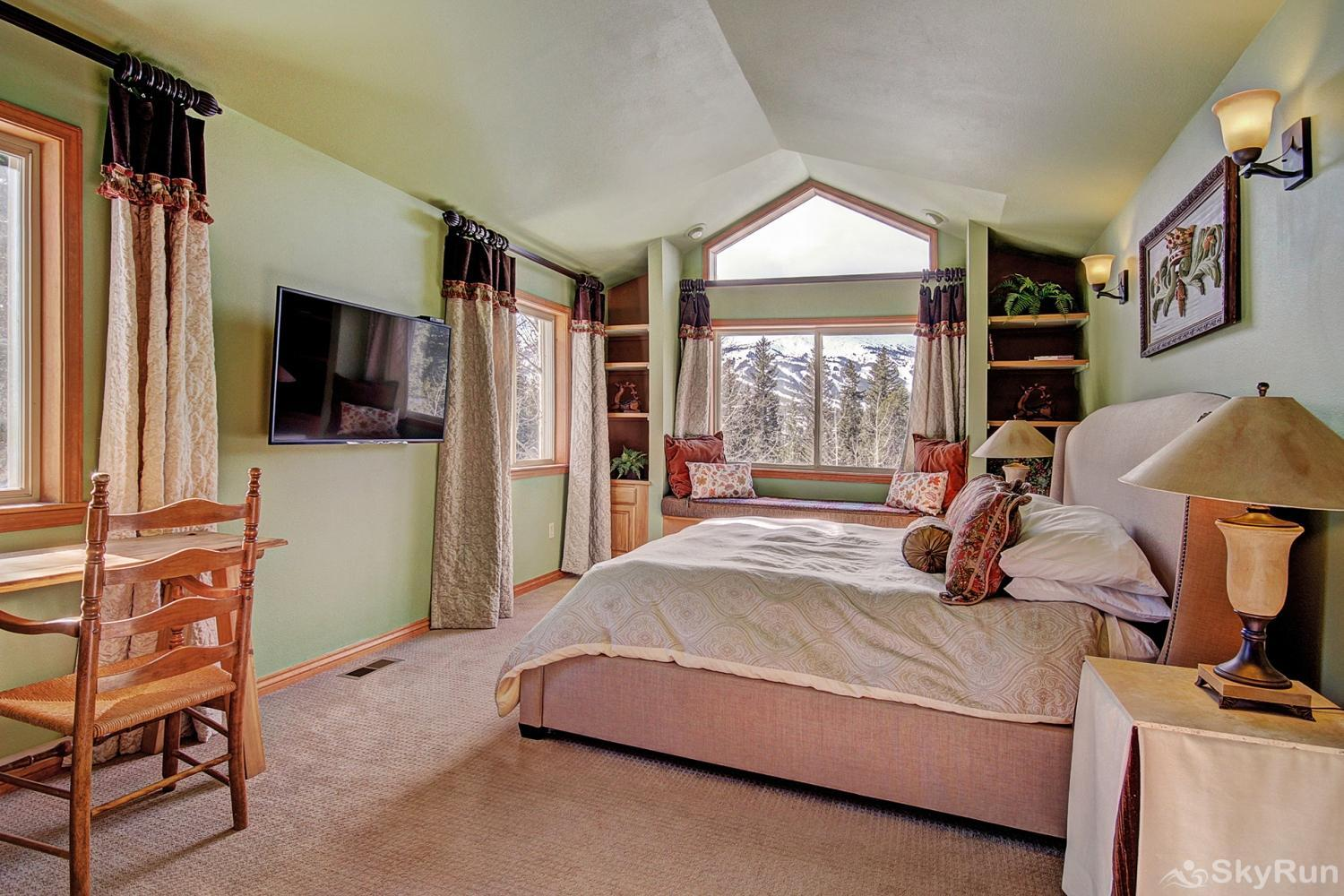 High Point Chateau King master suite with flat screen TV, ensuite bath